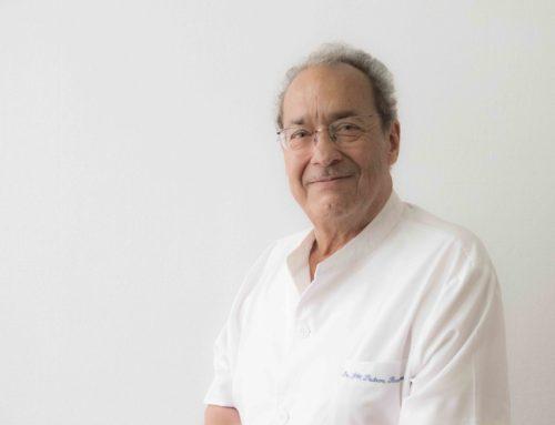 El Dr. Fernando Padrón, homenajeado por sus 50 años de profesión